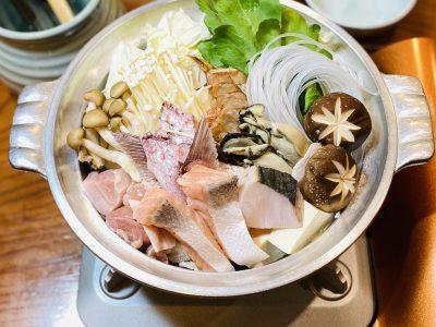 寄せ鍋に鯛のあら炊き
